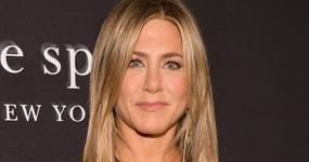 Jennifer Aniston habla de la relación con su madre y su película Dumplin'