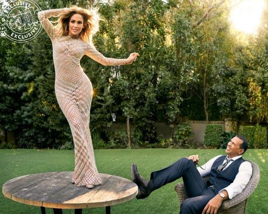Jennifer Lopez habla sobre unir familias con Alex Rodriguez (People)