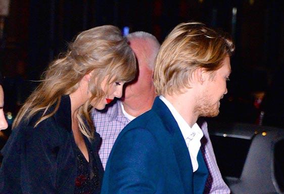 Joe Alwyn planeando proponerle matrimonio a Taylor Swift