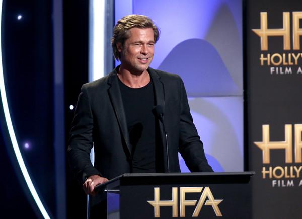 The Sun: Brad Pitt saliendo con Charlize Theron