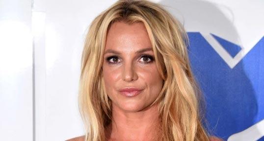 Britney Spears anuncia pausa en su carrera por enfermedad de su padre