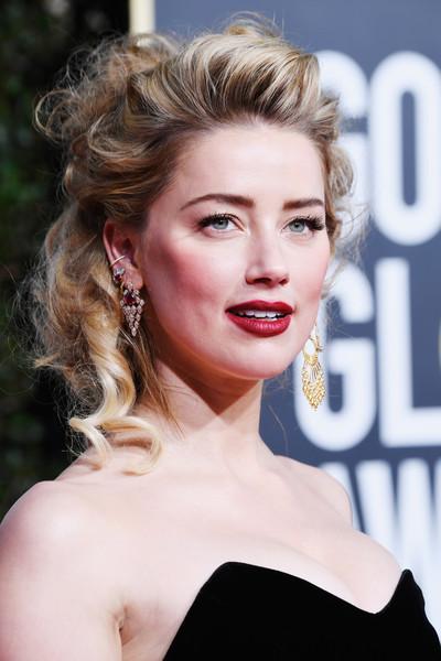 OMG! Johnny Depp demanda a Amber Heard por difamación!