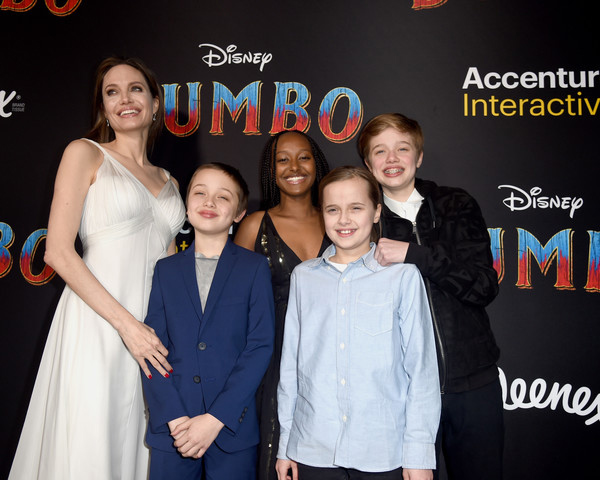 Angelina-Jolie-Disney-Dumbo-Red-Carpet.jpg