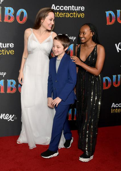 Angelina-Jolie-Premiere-Disney-Dumbo.jpg