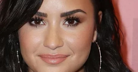 Demi Lovato terminó con Henry Levy