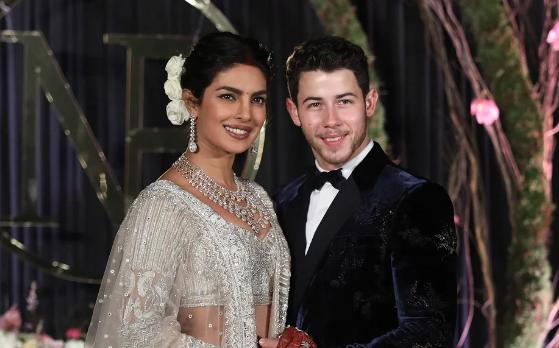 Nick Jonas se cansó de casarse con Priyanka Chopra! LOL!