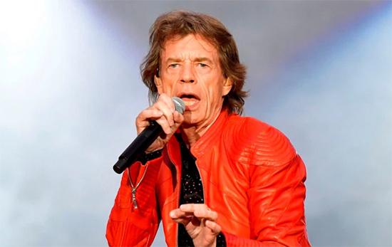 Mick Jagger mucho mejor después de su cirugía de corazón