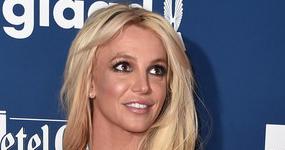 Britney Spears pide orden de restricción contra Sam Lufti! UPDATE!!