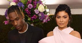 Kylie Jenner y Travis Scott se hacen tatuajes en su Bday