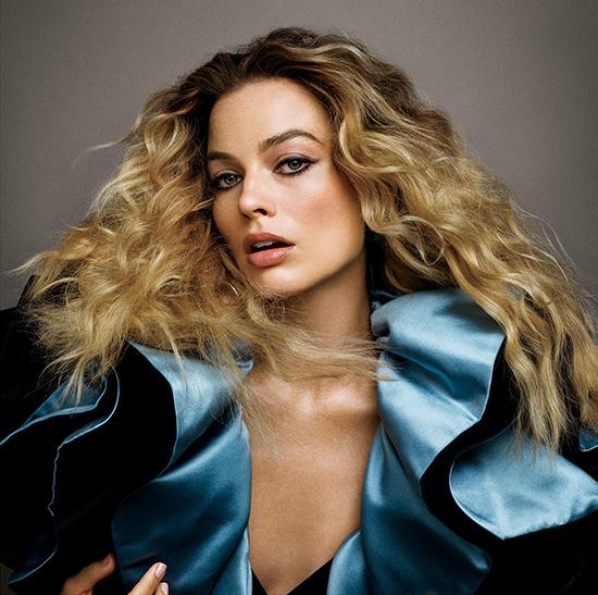Margot Robbie hates being called a hottie (Vogue)