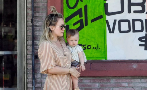 Hilary Duff criticized because her baby girl Banks has tendrils