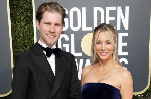 Kaley Cuoco no vive con su esposo Karl Cook