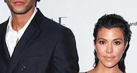Kourtney Kardashian y Younes Bendjima de la mano!
