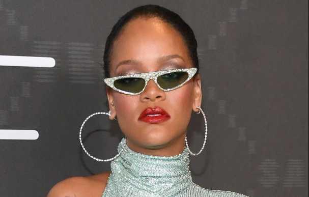 Rihanna celebra Savage X Fenty