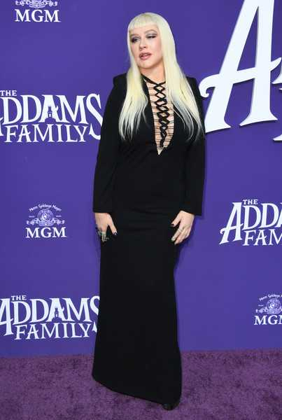 Christina Aguilera en la Premier de The Addams Family