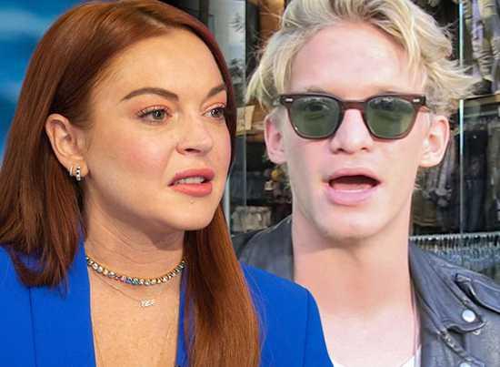Lindsay Lohan lanza ataque a Cody Simpson y lo borra