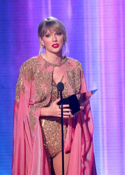 Taylor Swift en los American Music Awards 2019