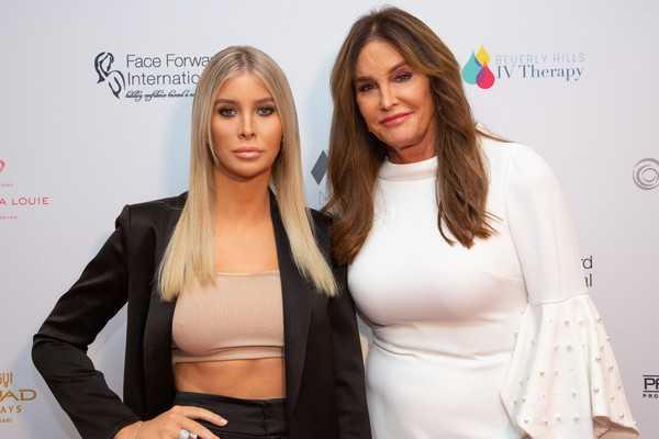 Sophia Hutchins niega salir con Caitlyn Jenner