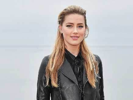 Amber Heard besándose con la cineasta Bianca Butti