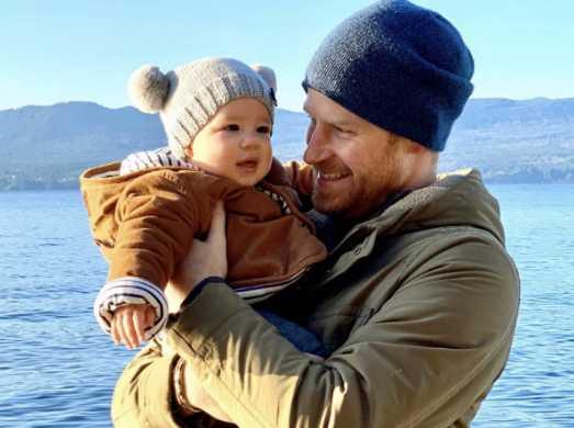 Los Duques de Sussex publican foto de baby Archie en Canadá