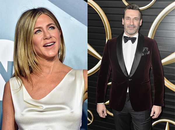 Jennifer Aniston detrás de Jon Hamm. Rumores!