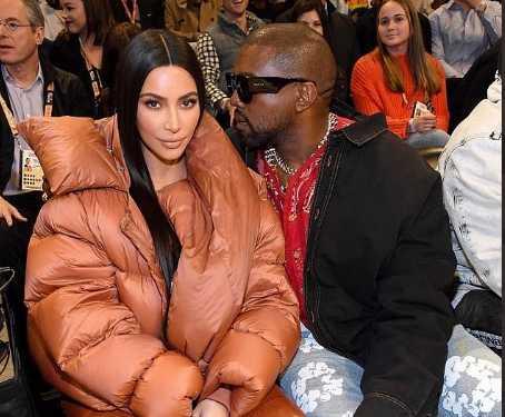 Kim Kardashian y Kanye West incómodos en la Kiss Cam
