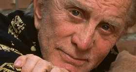 Kirk Douglas actor de Spartacus murió a los 103