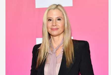 Mira Sorvino y otras actrices celebran sentencia de Harvey Weinstein