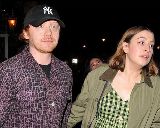 Rupert Grint y su novia Georgia Groome embarazados!