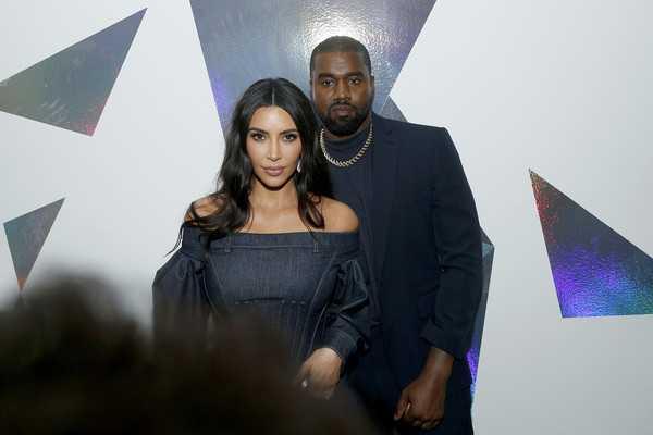 Kim Kardashian y Kanye West peleándose en cuarentena! LOL!