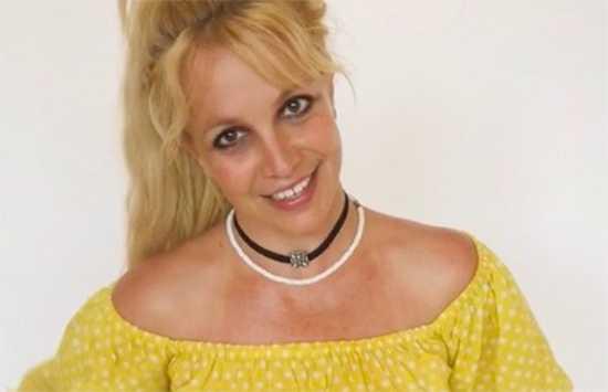 Britney Spears enfureció al Beyhive por llamarse Queen B