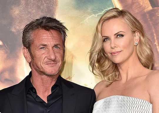 Charlize Theron nunca estuvo comprometida con Sean Penn.