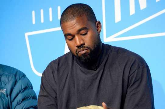 Kanye West se disculpó con Kim Kardashian