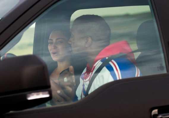 Kim Kardashian visitó a Kanye y lloró