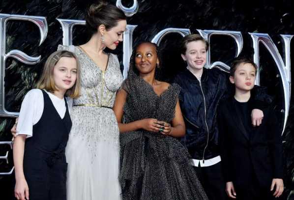 Brad Pitt espera poder tener a los niños en navidad