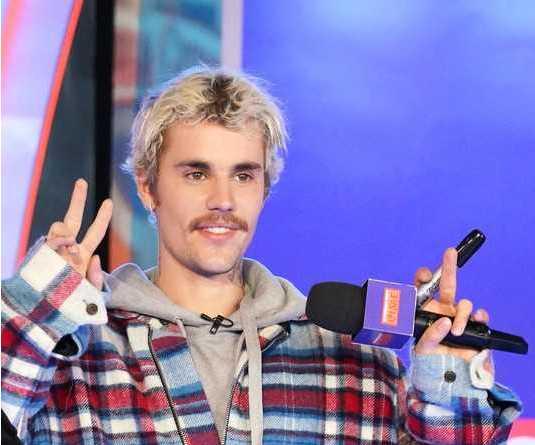 Justin Bieber no quiere que los medios usen sus fotos feas