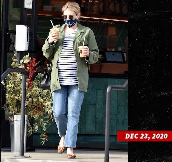 Emma Roberts tuvo a su hijo Rhodes