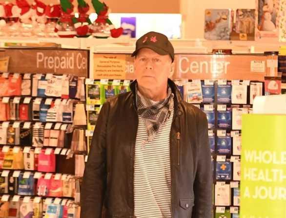 Bruce Willis sin mascarilla