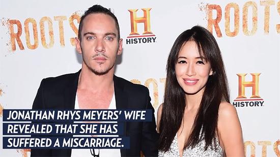 Jonathan Rhys Meyers y su esposa Mara Lane