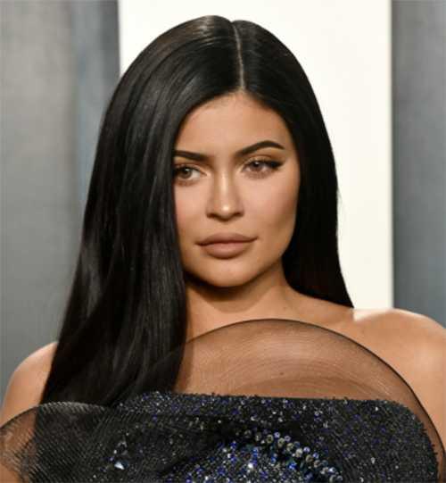 A Kylie Jenner la llaman tacaña por donar 5 mil dolares