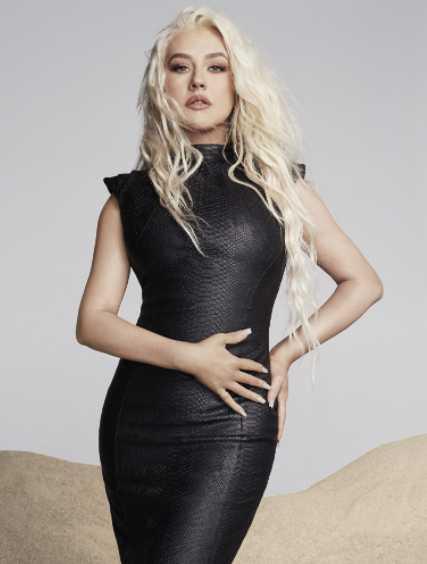 Christina Aguilera odió ser super flaquita en los 90s