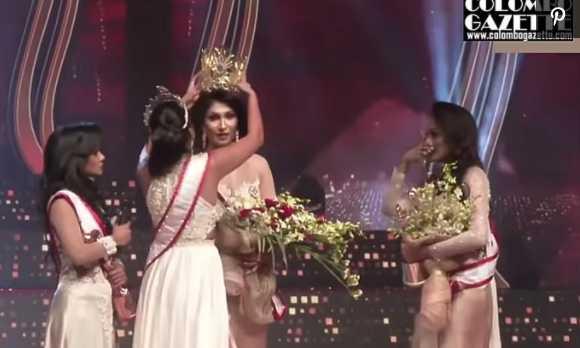 ESCÁNDALO A Mrs. Sri Lanka le arrancan la corona