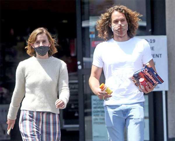 Emma Watson y su novio Leo Robinton