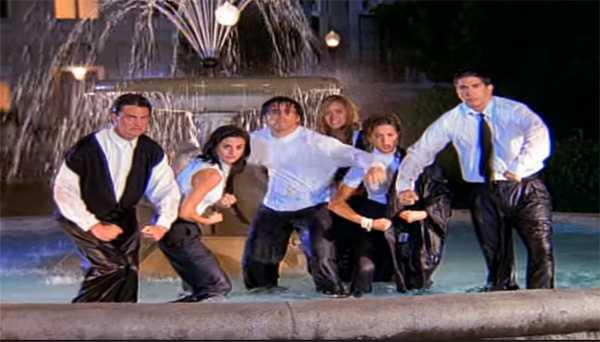 Courteney Cox odió el baile en la fuente de Friends