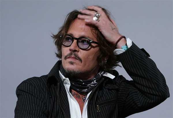 Johnny Depp demanda investigar donación de Amber Heard