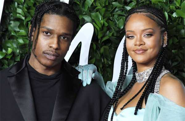 A$AP Rocky agradece a su novia Rihanna