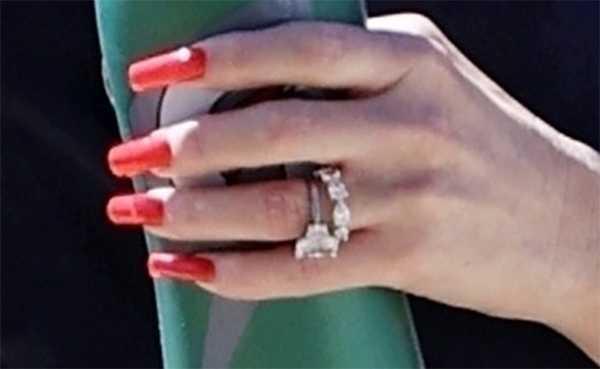 gwen anillo bodas blake