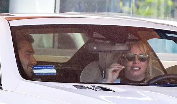 Britney Spears roule à nouveau