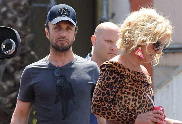 Larry Rudolph manager de Britney Spears renuncia