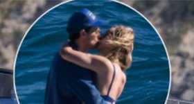 Olivia Wilde y Harry Styles en un yate en Italia